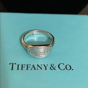 Authentic Tiffany & Co. Oval Tag Ring